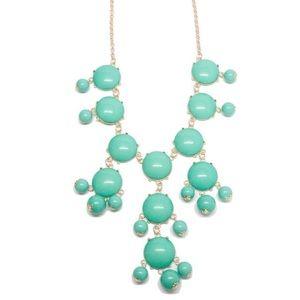 Jewelry - Pretty Mint Green Statement Necklace.